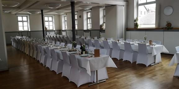 Martin - Luther Saal und geöffneter Sopie Scholl Saal. Hochzeit für 170 Gäste