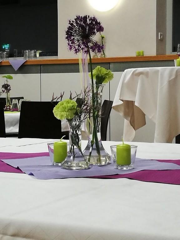 Tischschmuck zur Landessynode